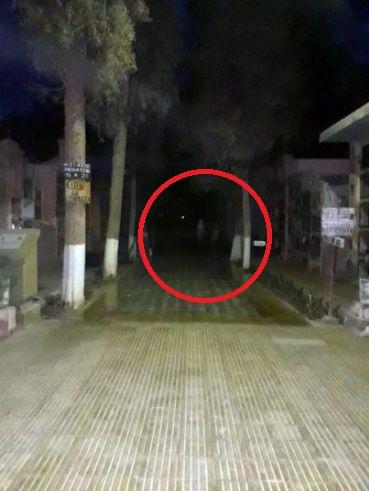 Temor en Jáchal por un fantasma que aparece en el cementerio