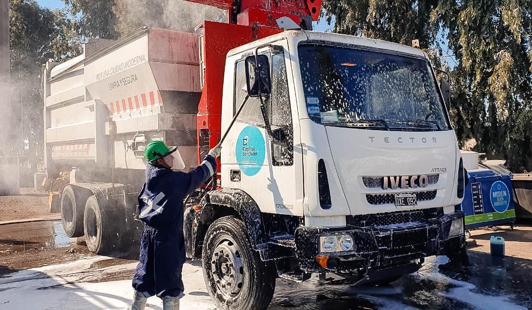 limpieza camion capital1
